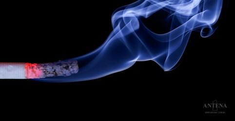 Placeholder - loading - Imagem da notícia Alimentos que auxiliam a largar o cigarro