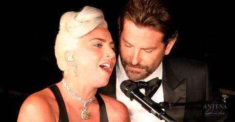 Placeholder - loading - Imagem da notícia Lady Gaga e Bradley Cooper emocionam no Oscar