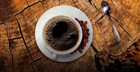 Placeholder - loading - Imagem da notícia Chá e café pode oferecer risco ao feto