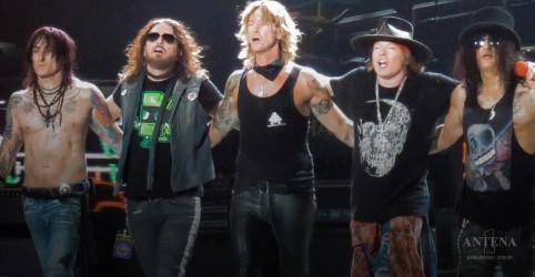Clipe do Guns N'Roses feito em 1989 é lançado oficialmente