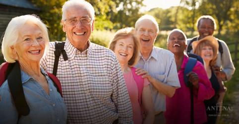 Segundo estudo recente, mulheres altas tendem a viver mais