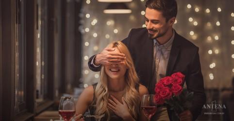 Placeholder - loading - Imagem da notícia As 100+ românticas da Antena 1 para o mês dos namorados