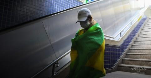 Placeholder - loading - São Paulo confirma primeira morte por coronavírus no Brasil