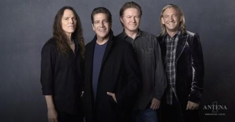Placeholder - loading - Imagem da notícia Eagles anuncia lançamento de álbum gravado em turnê de 2018