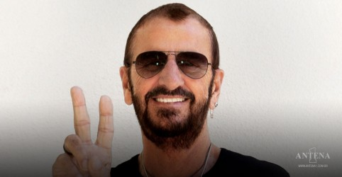 Placeholder - loading - Imagem da notícia Ringo Starr, Flea, Slash no What drives Us de Dave Grohl