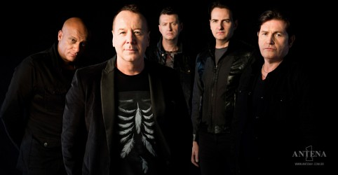 Placeholder - loading - Simple Minds: Hoje é aniversário do vocalista Jim Kerr