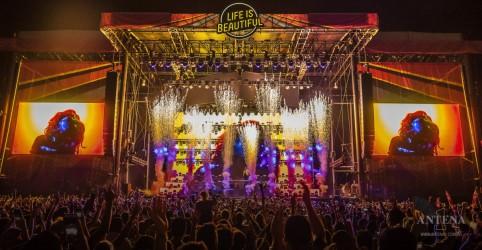 Placeholder - loading - Imagem da notícia Billie Eilish, Green Day e Tame Impala em Festival