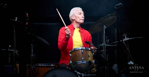 Placeholder - loading - Imagem da notícia The Rolling Stones: Baterista Charlie Watts completa 79 anos!
