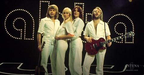 Placeholder - loading - Imagem da notícia Quarteto sueco ABBA anuncia lançamento de cinco novas músicas