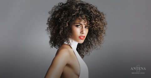Placeholder - loading - Alicia Keys da prévia de próximo single