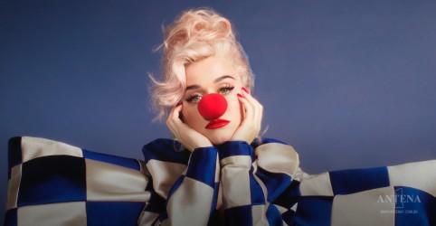 Placeholder - loading - Imagem da notícia Smile é o novo single de Katy Perry