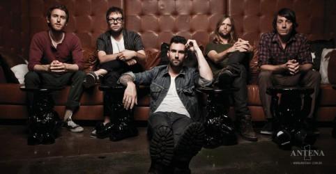 Placeholder - loading - Imagem da notícia Maroon 5 divulga data de lançamento do próximo single!