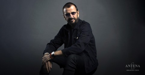 Placeholder - loading - Imagem da notícia Hoje é aniversário de Ringo Starr!