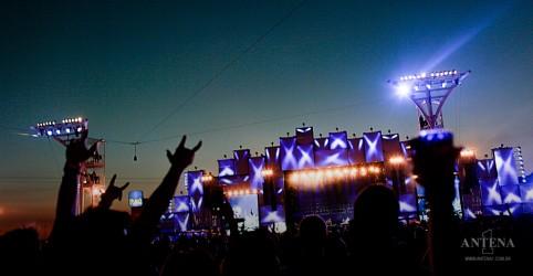 Placeholder - loading - Imagem da notícia Rock in Rio confirma duas edições do festival para 2021