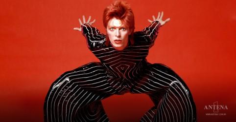 Placeholder - loading - Imagem da notícia David Bowie: lançamento de álbum ao vivo 'No Trendy Réchauffé' é anunciado