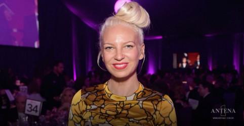 Placeholder - loading - Imagem da notícia Descubra tudo sobre o novo álbum e filme da cantora Sia