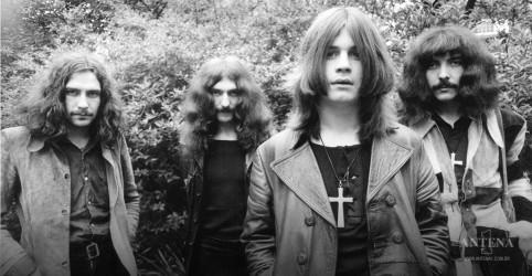 Placeholder - loading - Imagem da notícia Black Sabbath divulga versões ao vivo de músicas antigas