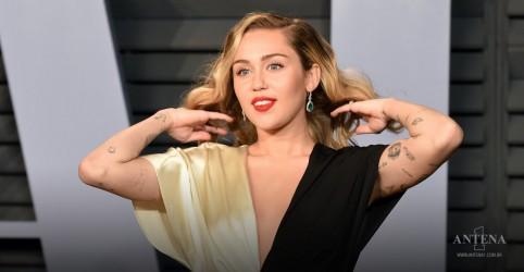 Placeholder - loading - Imagem da notícia Miley Cyrus performa canção de novo disco ao vivo em programa