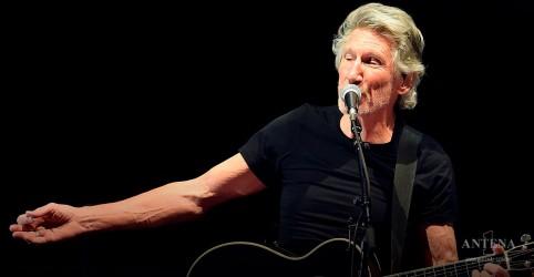 Placeholder - loading - Imagem da notícia Pink Floyd: Roger Waters apresenta nova versão de clássico