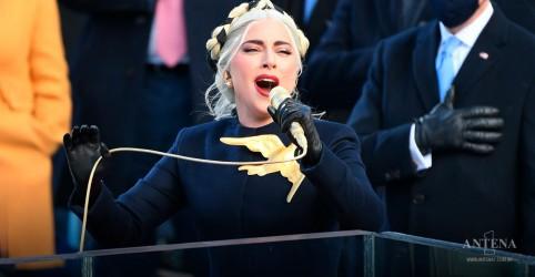 Placeholder - loading - Imagem da notícia Lady Gaga canta hino dos Estados Unidos em cerimonia
