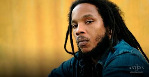 Placeholder - loading - Imagem da notícia Bob Marley: Stephen Marley fará concerto ao vivo sobre o pai