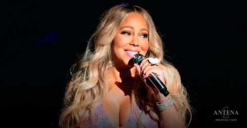 Placeholder - loading - Imagem da notícia Mariah Carey: Irmã processa cantora por criação de livro