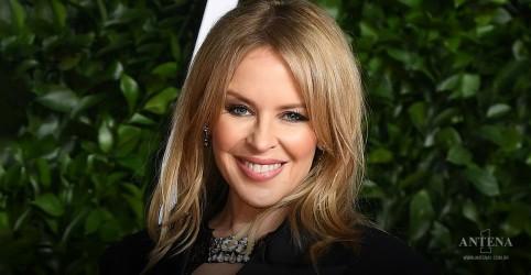 Placeholder - loading - Imagem da notícia Kylie Minogue apresenta single de novo álbum em programa de TV; assista