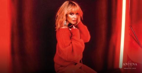 Placeholder - loading - Imagem da notícia Kylie Minogue lança álbum inspirado nos anos 70; ouça