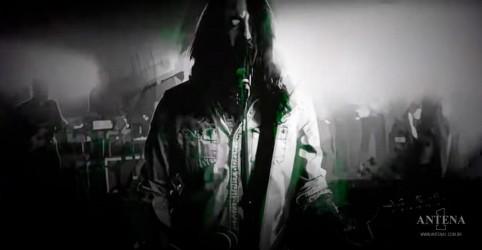 Placeholder - loading - Imagem da notícia Veja o novo vídeo ao vivo do Foo Fighters de No Son Of Mine