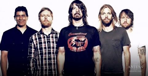 Placeholder - loading - Imagem da notícia Foo Fighters divulgam Waiting on a War em programa ao vivo