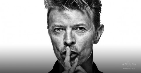 Placeholder - loading - Imagem da notícia David Bowie: ouça remix de 'The Man Who Sold The World'