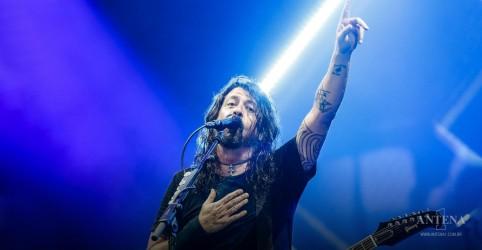 Placeholder - loading - Imagem da notícia Foo Fighters se apresentará em show beneficente