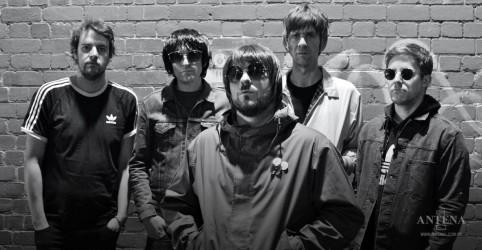 Placeholder - loading - Imagem da notícia Oasis: YouTube vai celebrar aniversário de 25 anos do segundo álbum da banda
