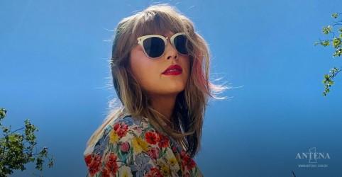 Placeholder - loading - Imagem da notícia Taylor Swift agrupa faixas de 'Folklore' em mais uma playlist temática