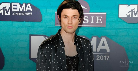 "Placeholder - loading - Confira clipe de ""Us"", de James Bay"