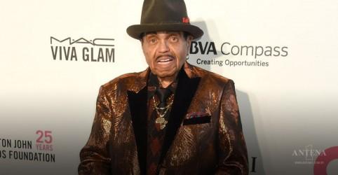 Joe Jackson, pai de Michael, morre aos 89 anos
