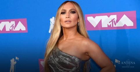 Placeholder - loading - Imagem da notícia Jennifer Lopez em apresentação no VMA