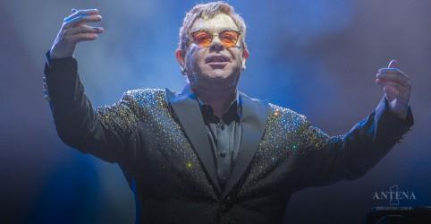 Placeholder - loading - Elton John se une a Príncipe Harry para projeto contra AIDS