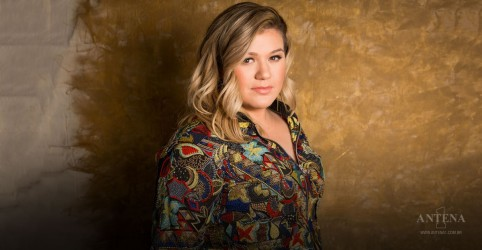 Placeholder - loading - Imagem da notícia Kelly Clarkson será apresentadora de TV