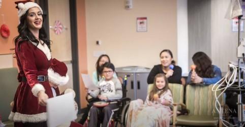 Placeholder - loading - Imagem da notícia Katy Perry faz surpresa para crianças em hospital
