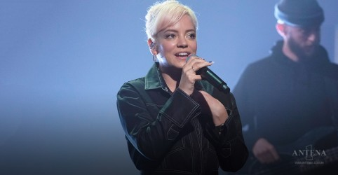 "Placeholder - loading - Assista ao clipe de ""Lost My Mind"", de Lily Allen"