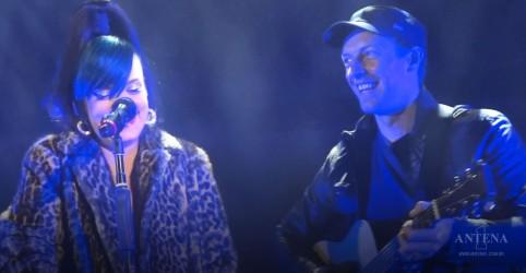 Placeholder - loading - Imagem da notícia Chris Martin ajudou Lily Allen em problemas