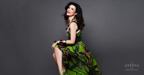 Placeholder - loading - Imagem da notícia Ouça nova canção de Laura Pausini