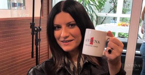 Placeholder - loading - Imagem da notícia Laura Pausini visita os estúdios da Antena 1