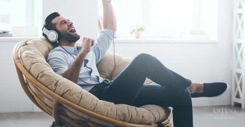 Cognição criativa pode melhorar ao escutar música, aponta estuda