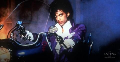 Time de Minnesota homenageia Prince