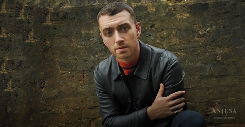 "Placeholder - loading - Sam Smith divulga novo vídeo de ""Burning""; confira"