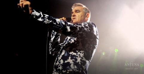 Placeholder - loading - Imagem da notícia Morrissey faz performance inédita