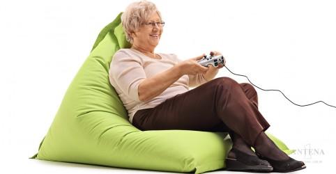 Placeholder - loading - Imagem da notícia Jogar videogame 3D pode ser benéfico para idosos