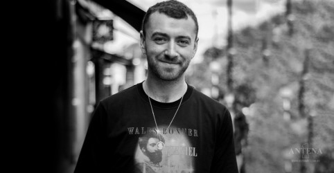 "Placeholder - loading - Confira clipe de ""One Last Song"", de Sam Smith"